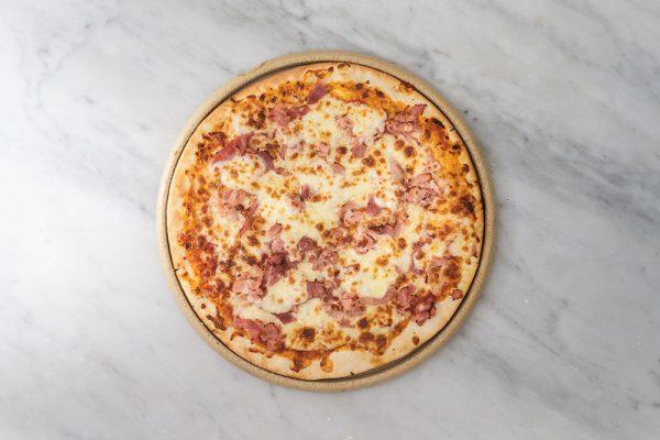 pizza jamón